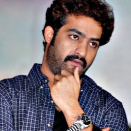 jr-ntr-sreenu-vytla-baadshah-movie-stills-pics-photos-270x270