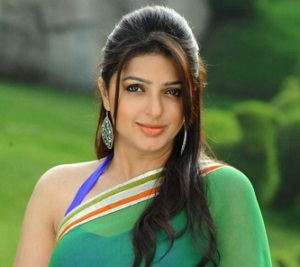 tamil-actress-bhumika-cute-saree-photos05