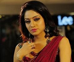 udaya-bhanu-stills-in-madhumathi-1