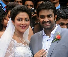Amala Paul – Director Vijay Engagement Photos