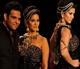 Sunny Leone showstopper at IIJW 2014 Photos