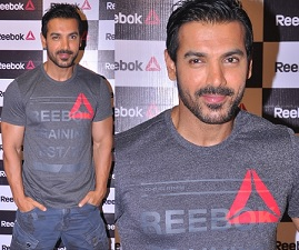 John Abraham at Reebok Fit Hub Store