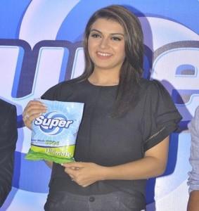 Top Heroine endorses Washing Powder