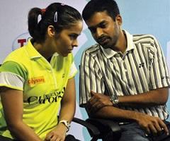 Fans upset on Saina-Gopi split!