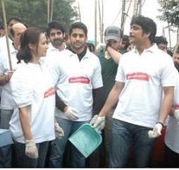 Nagarjuna Family Joins Swachh Bharat Photos