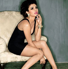 Pic Talk: Boxer Girl back to Hot looks
