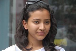 HD-Images-of-Indian-Actress-Shweta-Basu-Prasad-Pictures