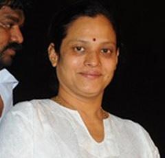 Late Actor Sri Hari wife Unwell