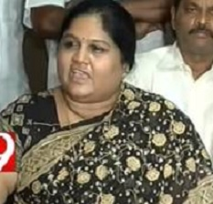 Is YSRCP MP Geeta political future falls in dilemma?