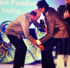 Pic Talk: That is why Rajini is a real Superstar