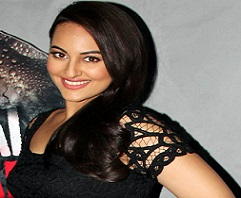 Lingaa Beauty Back to Hyd For Her Hindi Film