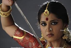Rudramadevi Movie Trailer Review | Anushka | Allu Arjun