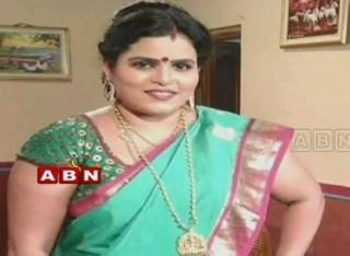 Cops arrested Tollywood Actress Karate kalyani in Vanasthalipuram