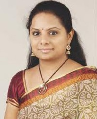 Kavitha puts fresh demand before KCR