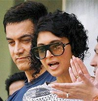 Aamir Khan Reacts on On Going Intolerance Controversy