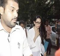 Karisma Kapoor withdraws divorce consent
