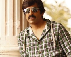 3 Houses in 1 Year?: SIT asks Raviteja's Make-Up Man