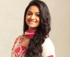 Keerthi-Suresh-Smile-02645