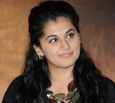 Taapsee gatecrashes wedding, feels thrilled