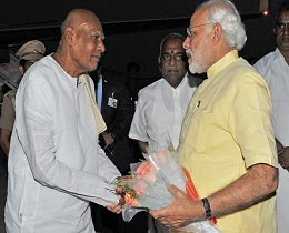 Rosaiah Special Invite For Modi