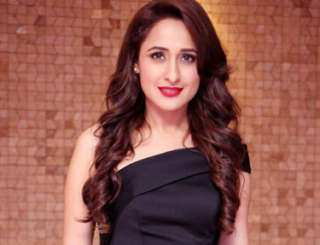 Pragya Jaiswal Bags Another Biggie!