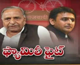 Akhilesh, Mulayam in sack race as PariWar takes party to brink