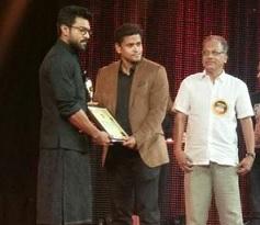 Ram Charan Receives Asia Vision Youth Icon Award 2016 Photos