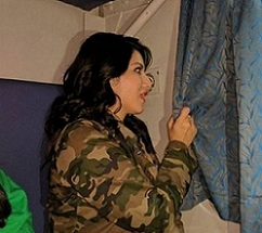 Pic Talk: Afraid Of Crowd, Sunny Hides Behind Curtains