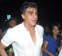 Girl Files  Rape Case Against Bollywood Producer Karim Morani