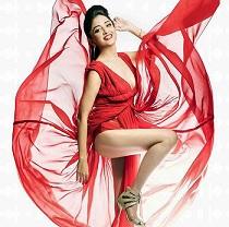 Pic Talk: Poonam Lifts Her Leg