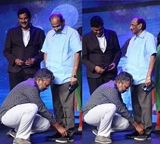 Pic Talk: Athi Vinayam tho Touch Chesina Rajamouli