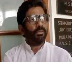 MP Slaps AI Official With Chappal