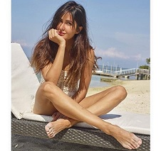 Katrina joins Instagram : shares first Picture