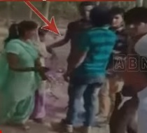 Eve-Teasers Harassment Mother and daughter | Uttar Pradesh