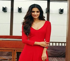 Pic: Red Hotness Of Disha