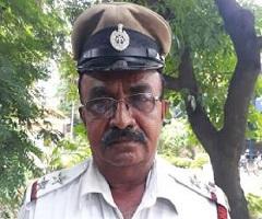 Bengaluru Cop Stops President's Convoy