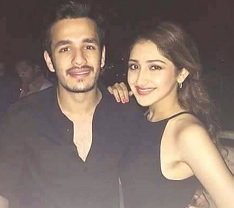 Sayyesha In Samantha's Flat, Akhil Did It?