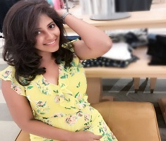 Pic Talk: Anjali's New Look Stuns You