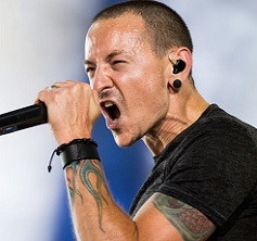 Linkin Park Singer Commits Suicide By Hanging!