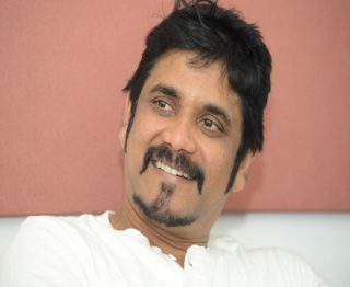 Star Director Rejects Nagarjuna's 15 Cr Offer?