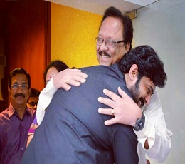 Prabhas Support To AP Or Uncle?