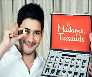 Pic Talk: It's Mahesh's Turn to Become Statue