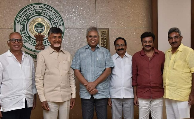 Will Naidu Follow Vundavalli Advice?
