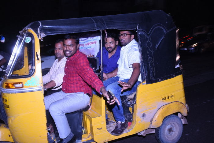 Stuck in Hyd Traffic, Karthi Takes Auto