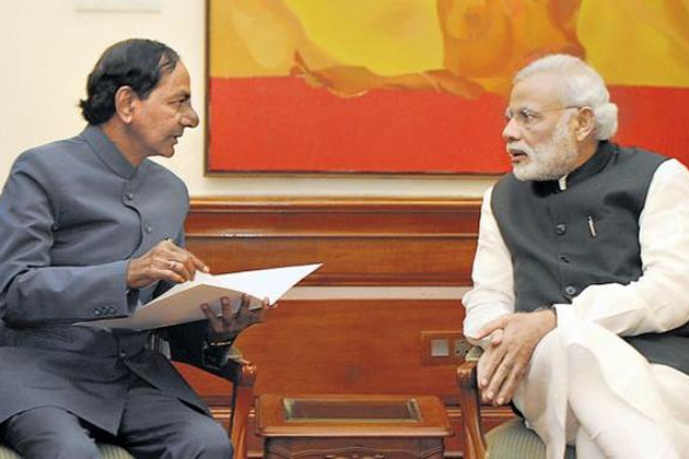 Reasons behind KCR move Closely with PM Modi | Weekend Comment by RK