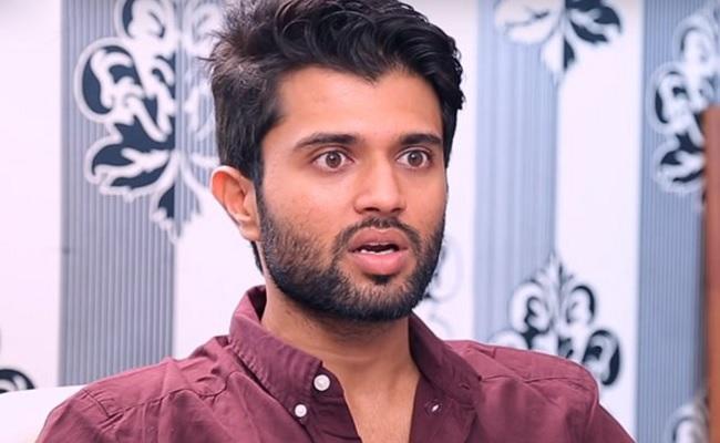 NTR Fans Troll Vijay Devarakonda