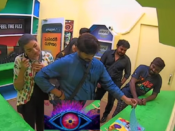 #Kaushal gives blessings to his daughter 🎂🎊🎉 #BiggBossTelugu2 Today at 9:30 PM