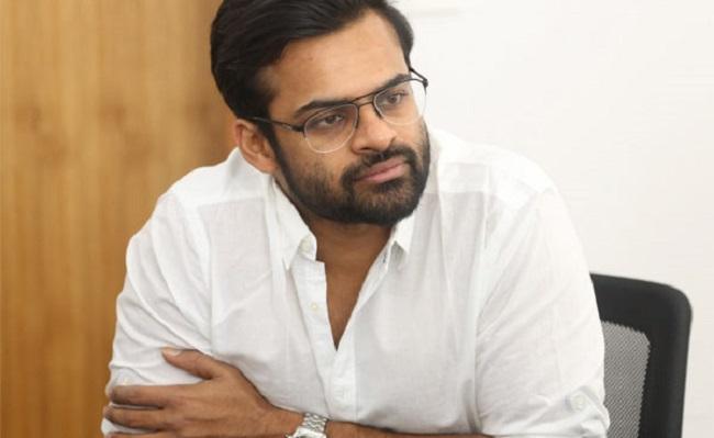 Sai Tej Going with Maruthi's Plan