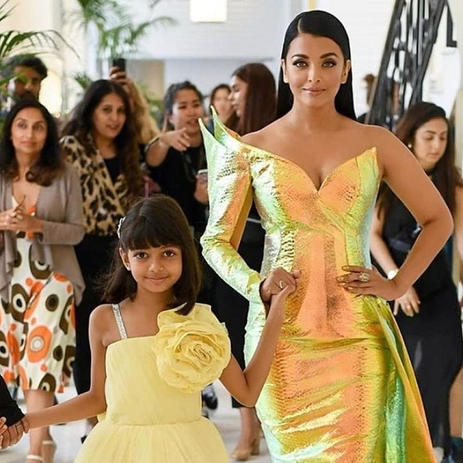 Pic: Aishwarya turns into golden mermaid at Cannes