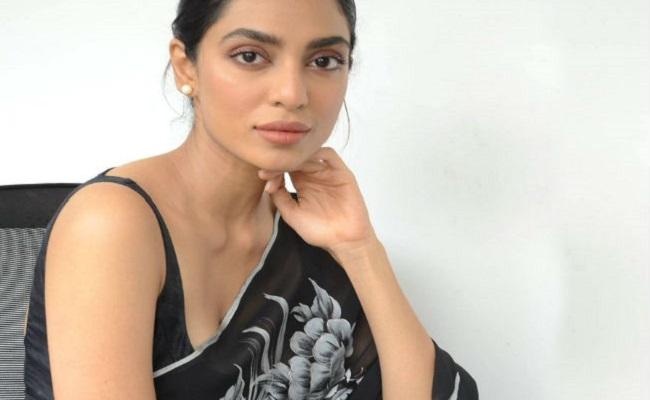 Gudachari Girl Says No to Bigg Boss